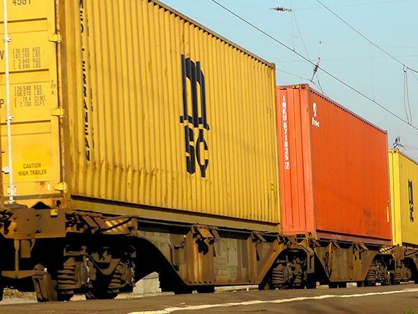 Intermodalni transport kontejneri